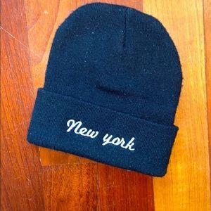 Brandy Melville New York beanie